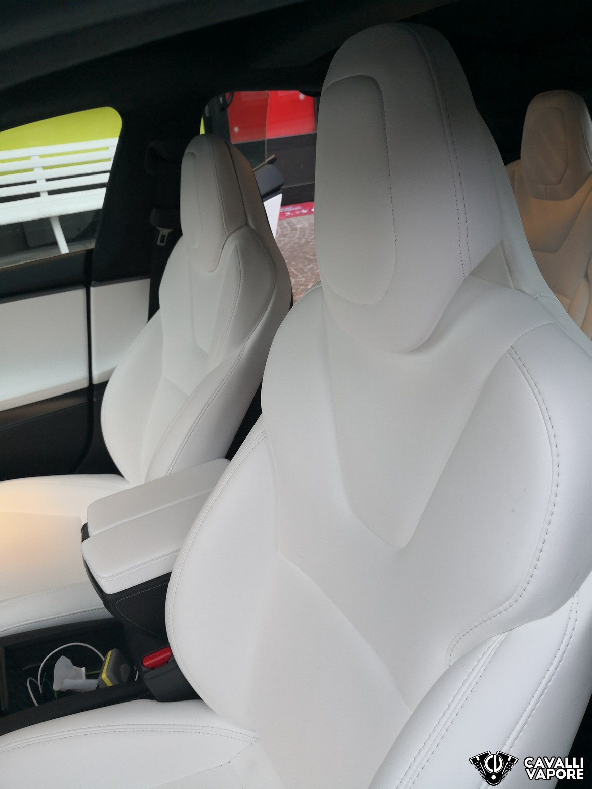 Tesla Model S 100D Sedili Anteriori