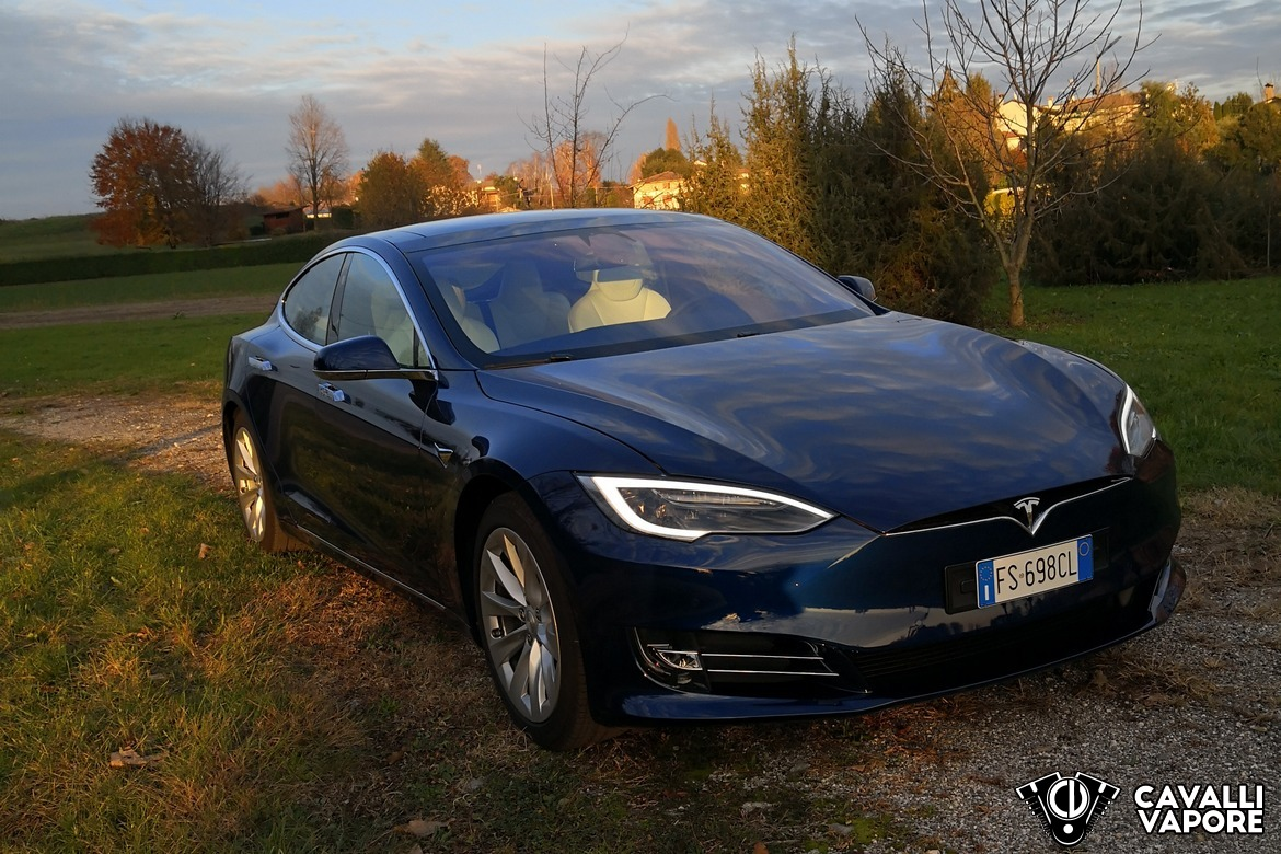 Tesla Model S 100D Tre Quarti Autunno