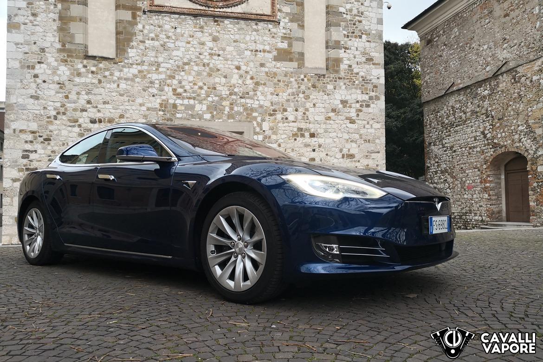 Tesla Model S 100D Tre Quarti a Udine
