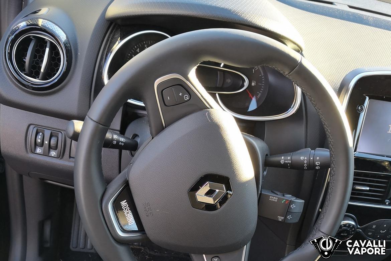 Renault Clio Moschino Volante