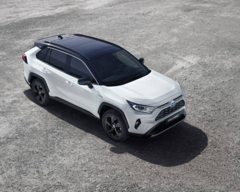 Toyota nuovo RAV4 Hybrid
