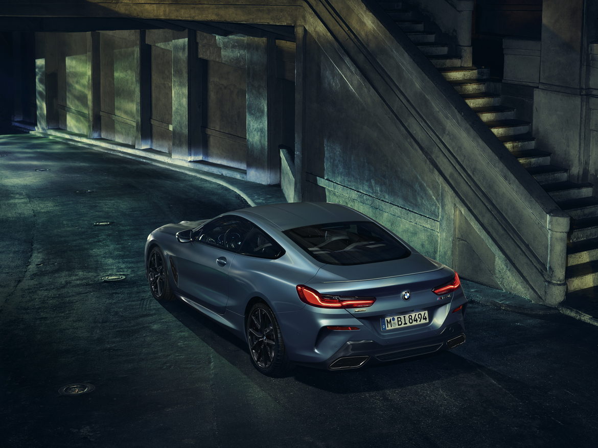 BMW M850i xDrive Coupe First Edition Tre Quarti Posteriore