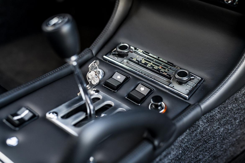 Lamborghini Miura SV Jean Todt Autoradio