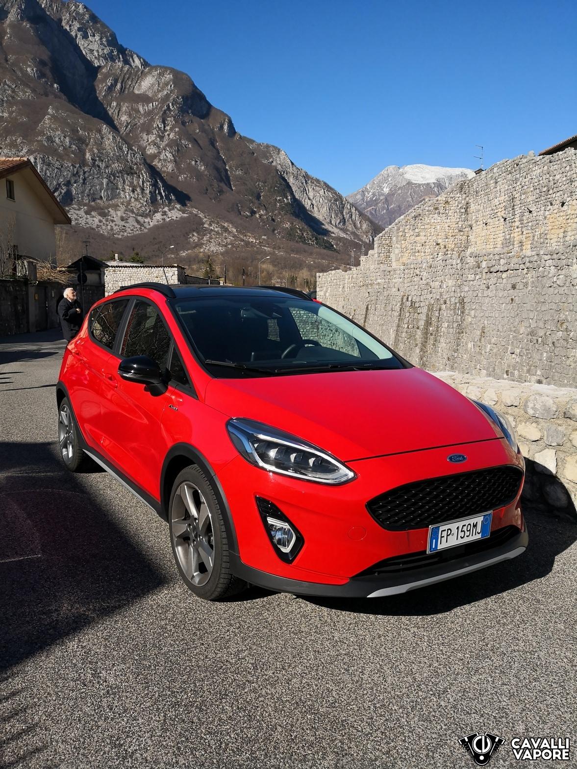 Ford Fiesta Active Prova su strada Alto
