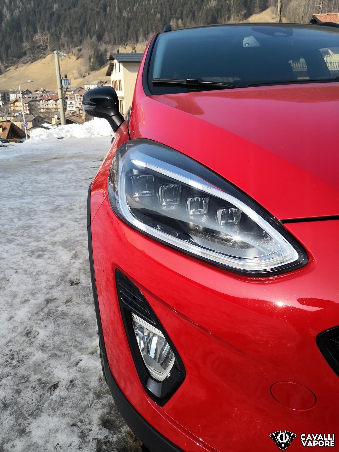 Ford Fiesta Active Prova su strada Dettaglio Fanale