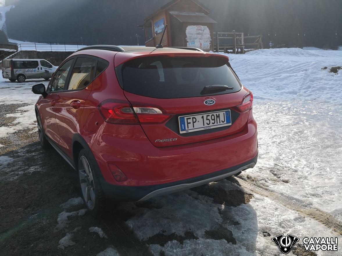 Ford Fiesta Active Prova su strada Dietro