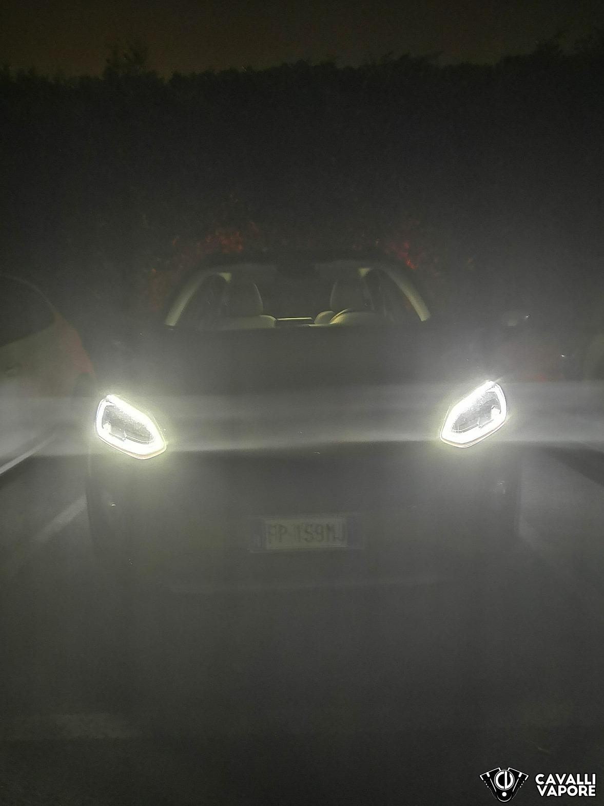 Ford Fiesta Active Prova su strada Fanali