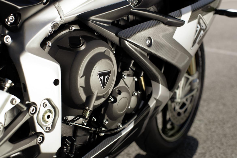 Triumph Daytona Moto2 765 Motore